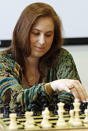 judit_polgar_for_harika.jpg